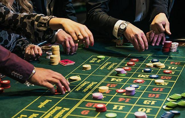 Онлайн казино харьков карты играть онлайн бесплатно в дурака с реальными людьми