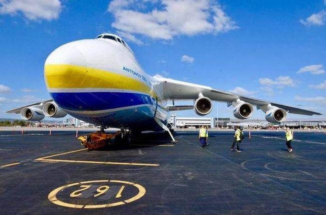 Літаки компанії Антонов виконують 100% стратегічних перевезень в інтересах НАТО — МЗС