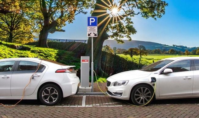 Сколько в действительности проезжает электромобиль на одной зарядке?