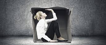 Страх одиночества: симптомы и проявления