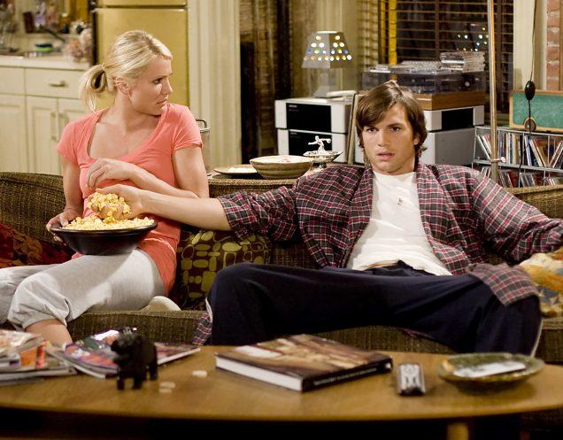 Смотреть телевизор опаснее, чем целый день сидеть за столом