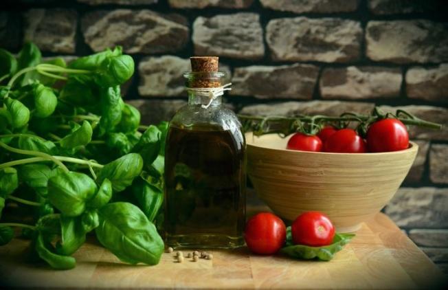 Эксперты перечислили продукты, которые очищают артерии